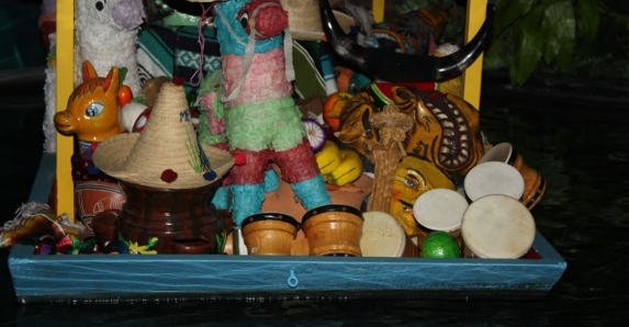 Hidden Mickey on Gran Fiesta Tour Starring The Three Caballeros
