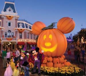 Mickey's Halloween Party Disneyland