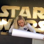Ashley Eckstein (Ahsoka Tano from Clone Wars) signing autographs