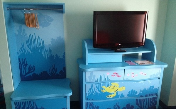 Tv Area In Finding Nemo Family Suite Off To Neverland