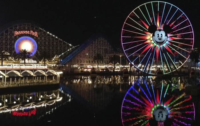 5 Amazing Reasons to Visit Disneyland® Resort